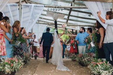 3-Cerimonia-Atelie-na-Praia-Casamento-Paula-Eric_CSLR0816.jpg