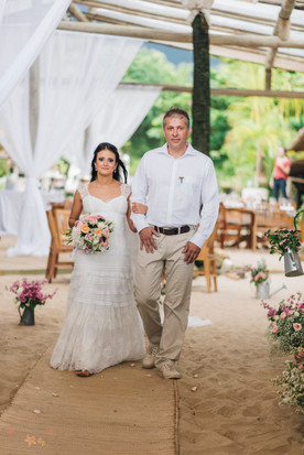 3-Cerimonia-Atelie-na-Praia-Casamento-Paula-Eric_CSLR0456.jpg