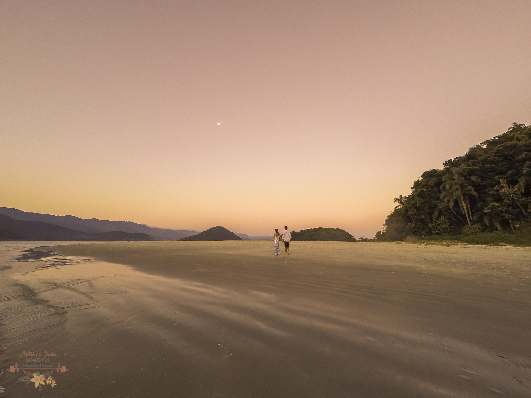 Atelie-na-Praia-Pre-Wedding-Noivos-Carol-Thomas-PQ-0012223