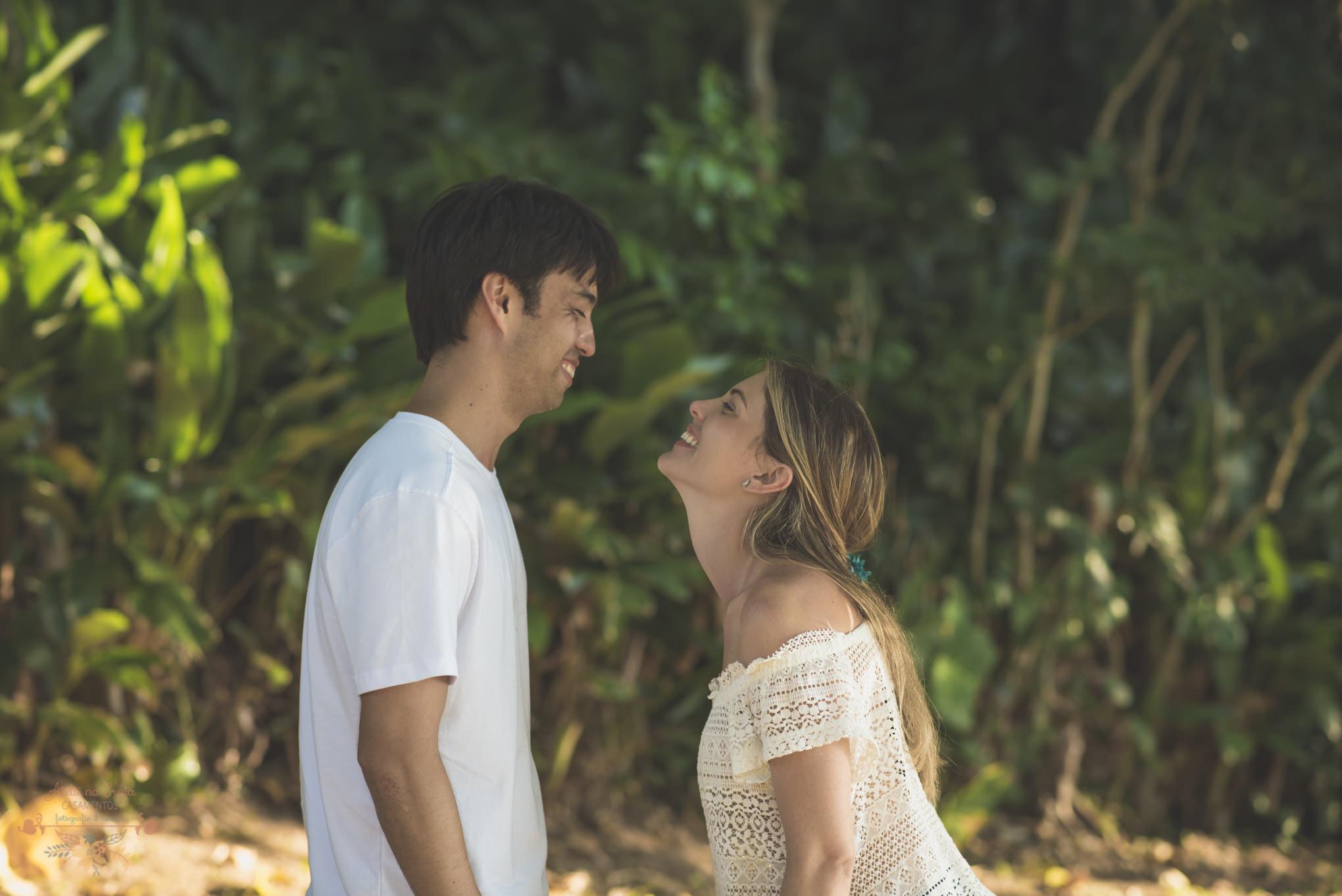 Atelie-na-Praia-Pre-Wedding-Noivos-Carol-Thomas-PQ-3369