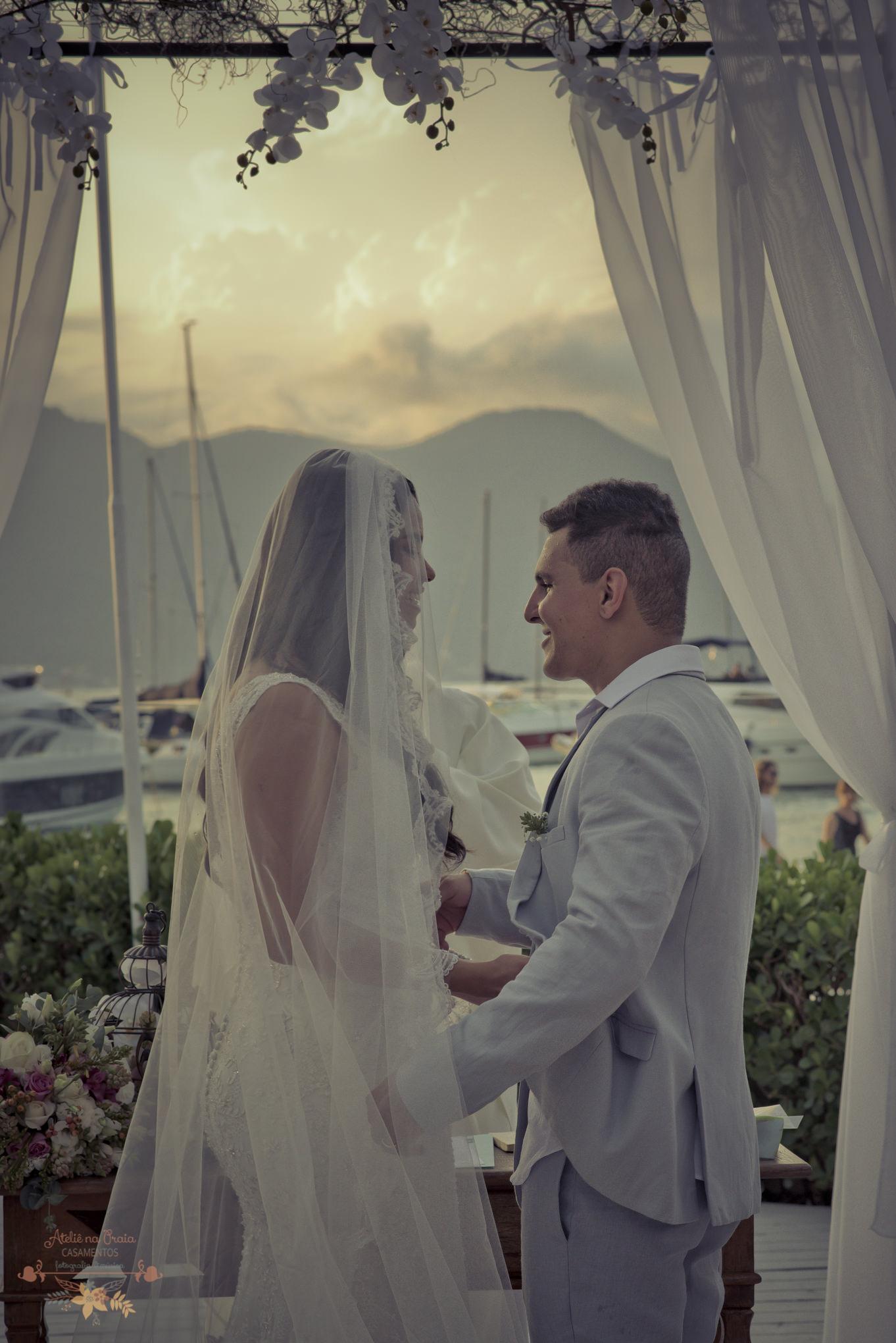 04-Cerimonia-Atelie-na-Praia-Casamento-na-Praia-Natalia-Felipe-PQ-9350A