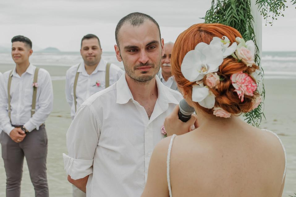 3-Cerimonia-Atelie-na-Praia-Casamento-Lo