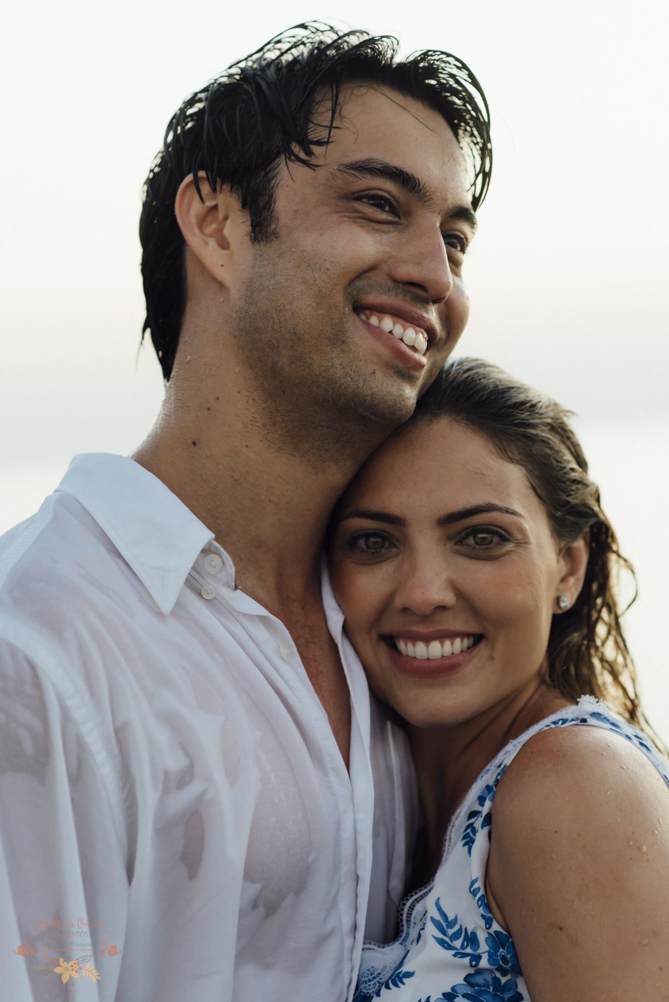 Atelie-na-Praia-Pre-Wedding-Noivos-Carol-Thomas-PQ-3677