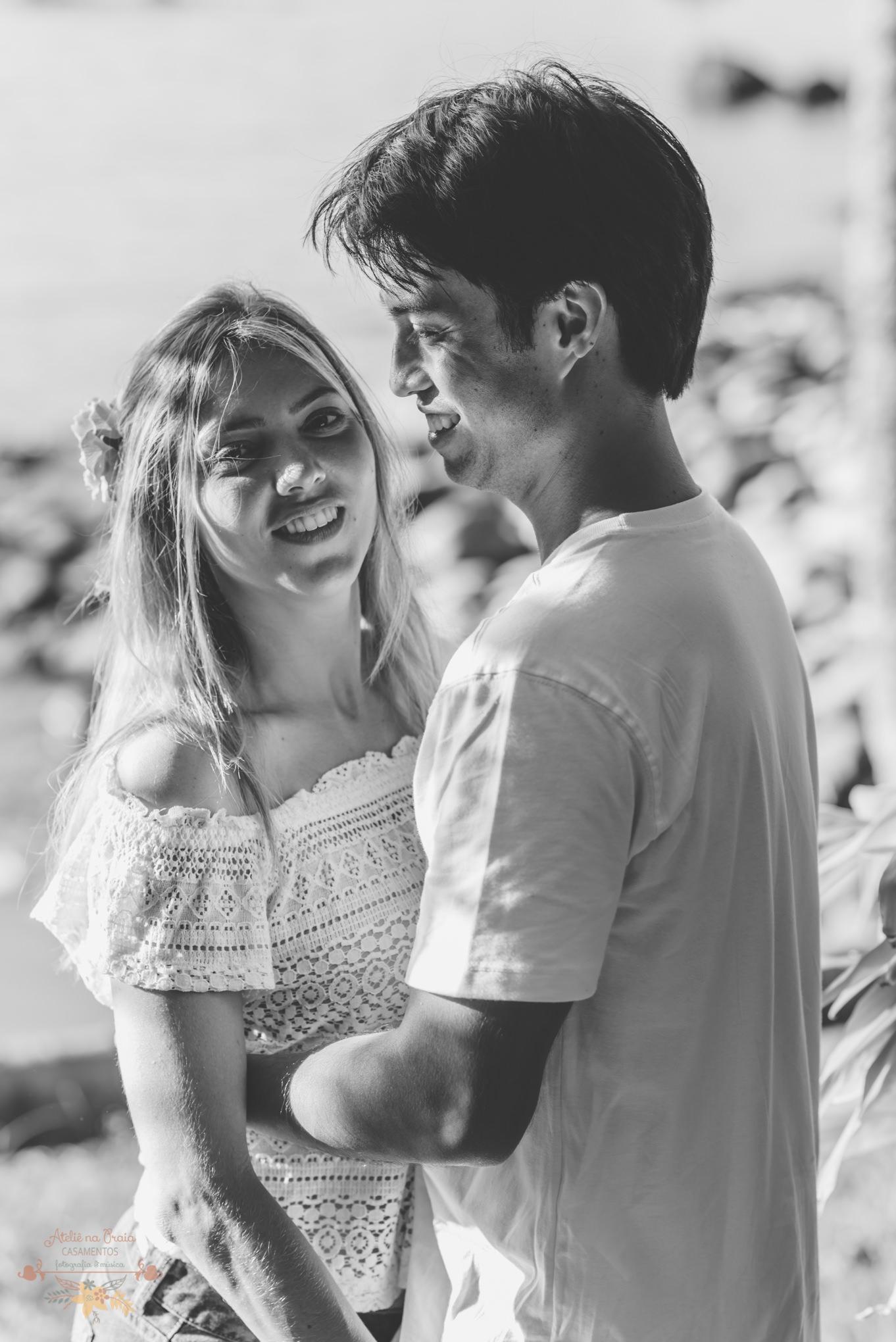 Atelie-na-Praia-Pre-Wedding-Noivos-Carol-Thomas-PQ-3288