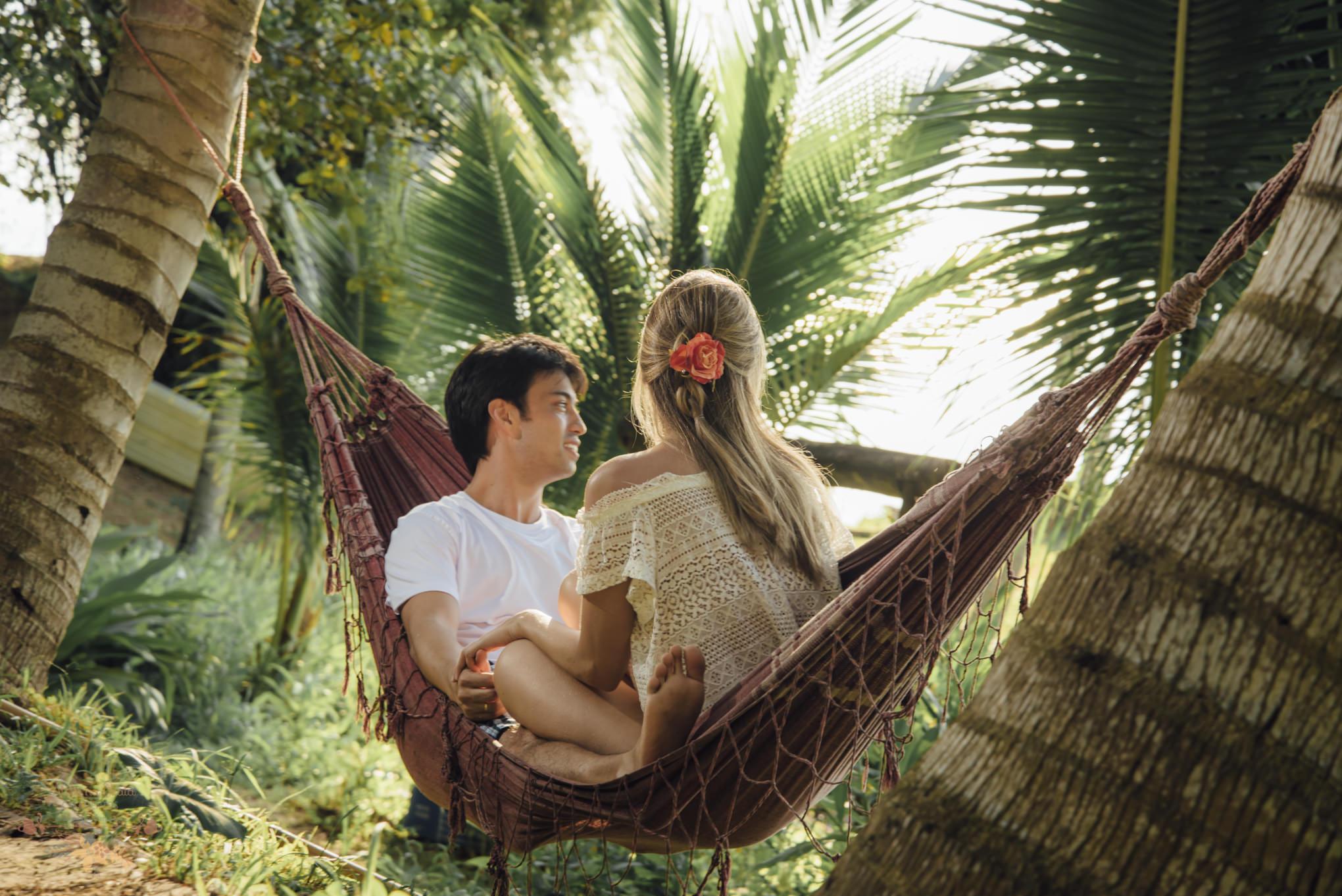 Atelie-na-Praia-Pre-Wedding-Noivos-Carol-Thomas-PQ-3229