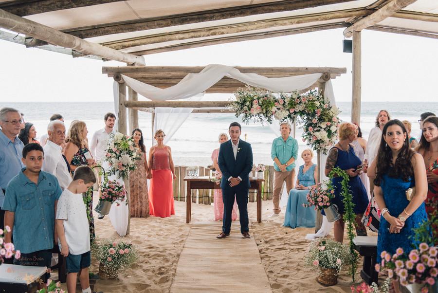 3-Cerimonia-Atelie-na-Praia-Casamento-Paula-Eric_CSLR0421.jpg