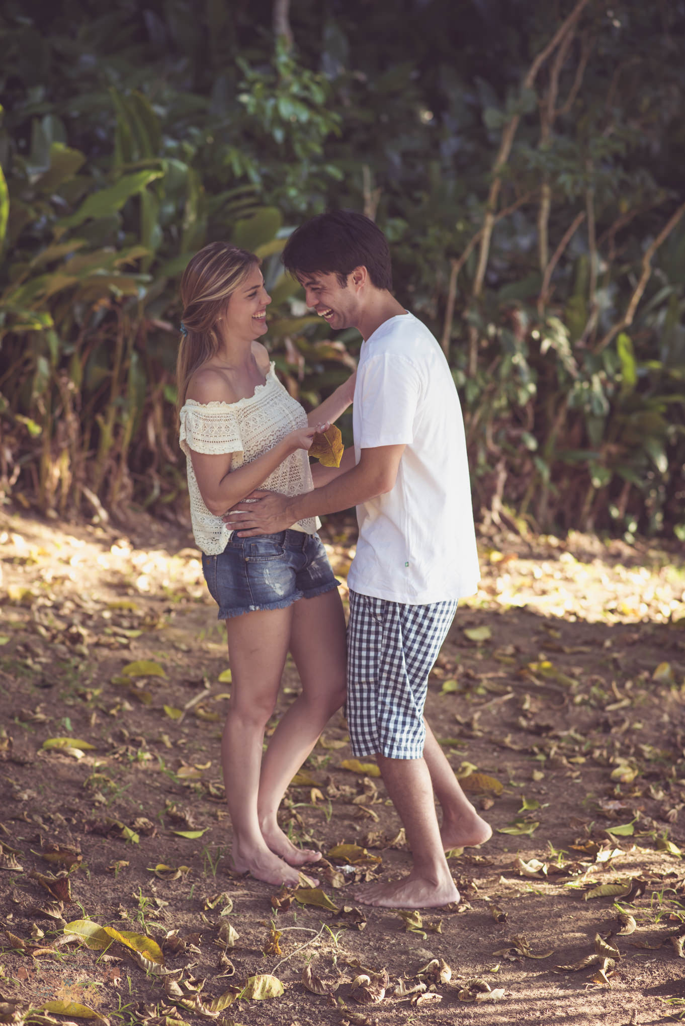 Atelie-na-Praia-Pre-Wedding-Noivos-Carol-Thomas-PQ-3375