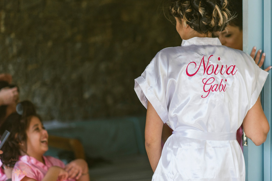 Casamento-Dani-Carlos-Gabi-Joao_01-MakingOf-Atelie-na-Praia-Casamento_DCGJ1561.jpg