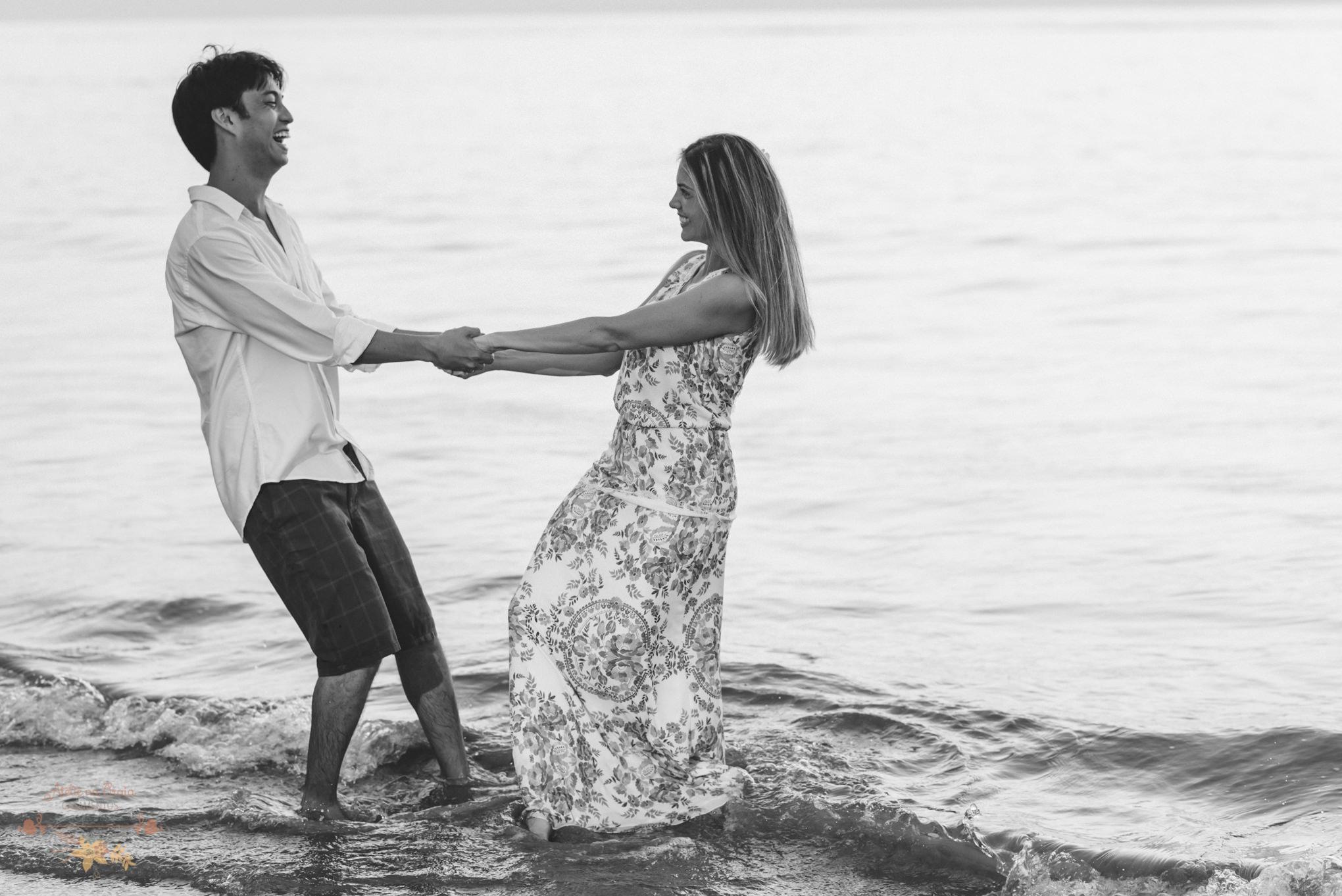 Atelie-na-Praia-Pre-Wedding-Noivos-Carol-Thomas-PQ-3550