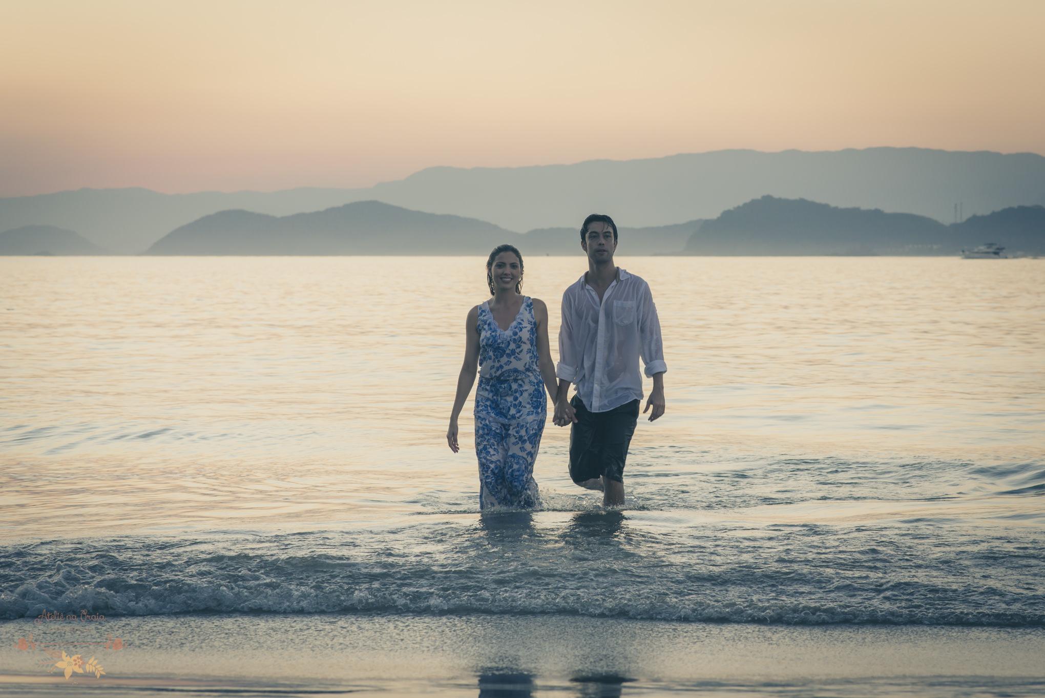 Atelie-na-Praia-Pre-Wedding-Noivos-Carol-Thomas-PQ-3654