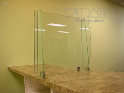Glass_Barriers_m_009