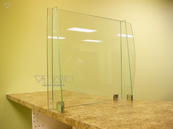 Glass_Barriers_m_006