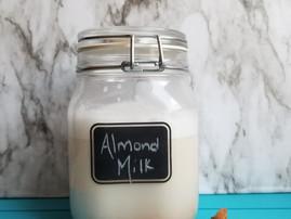 Homemade Healthy Almond Milk