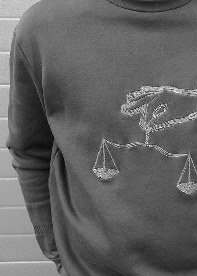 sweater-sterrenbeeld-weegschaal.jpg