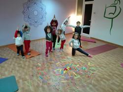Clase Yoga Niños los más peques