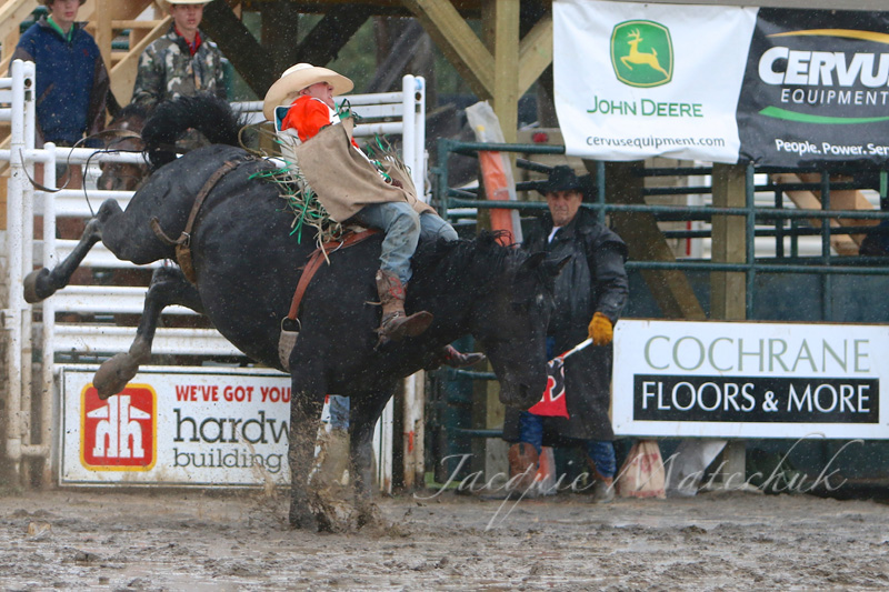 Bareback Riders create excitement