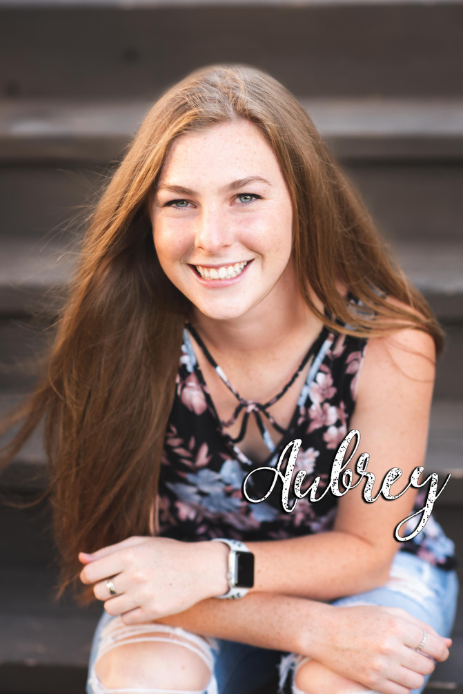 Aubrey Laughs | Verdigris, Tulsa and Owasso Senior photography