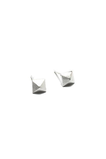 PYRAMID STUDS - GOLD OR SILVER