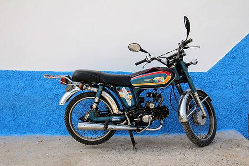 motorcycle-2546770_1920.jpg