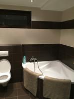 Vana ve spodní koupelně