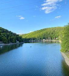 Výhled na Vranovskou přehradu