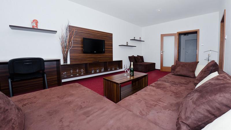 Obývací pokoj ve svatebním apartmánu