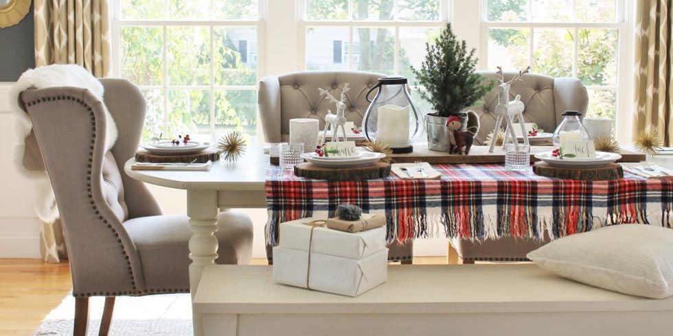 gallery-1477432455-index-holiday-tablescape