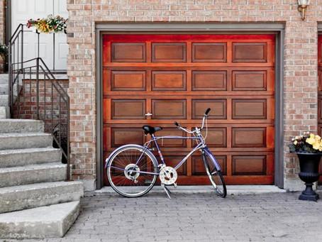 Declutter Your Garage In 7 Easy Steps