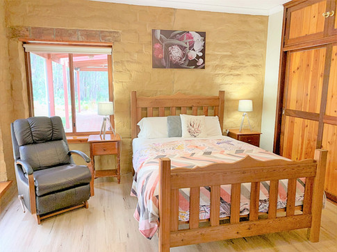 new master bedroom 1.jpg