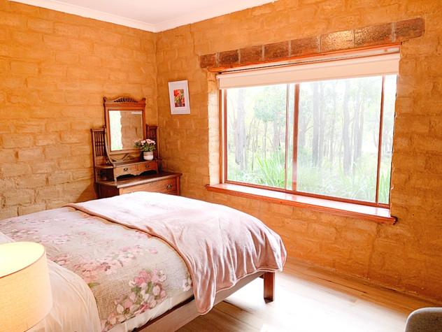 maroon room.jpg