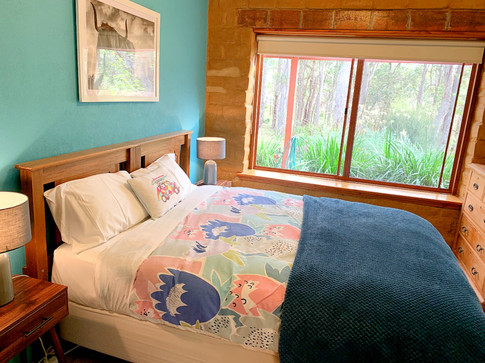 turquoise room.jpg