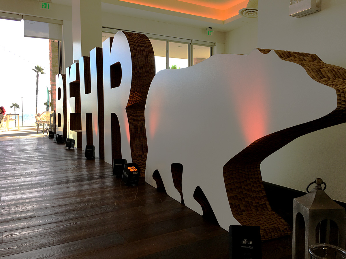 Behr-Giant-Letters_2