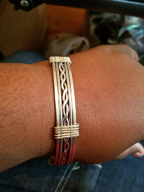 Stainless steel twisted wire bracelet