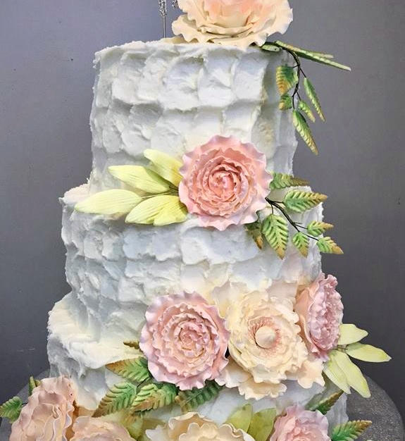 Rustic Wedding with Sugar Flowers_edited
