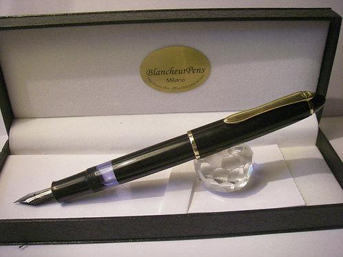 Penna vintage Geha / Pelikan KOLBENFÜLLER SCHWARZ