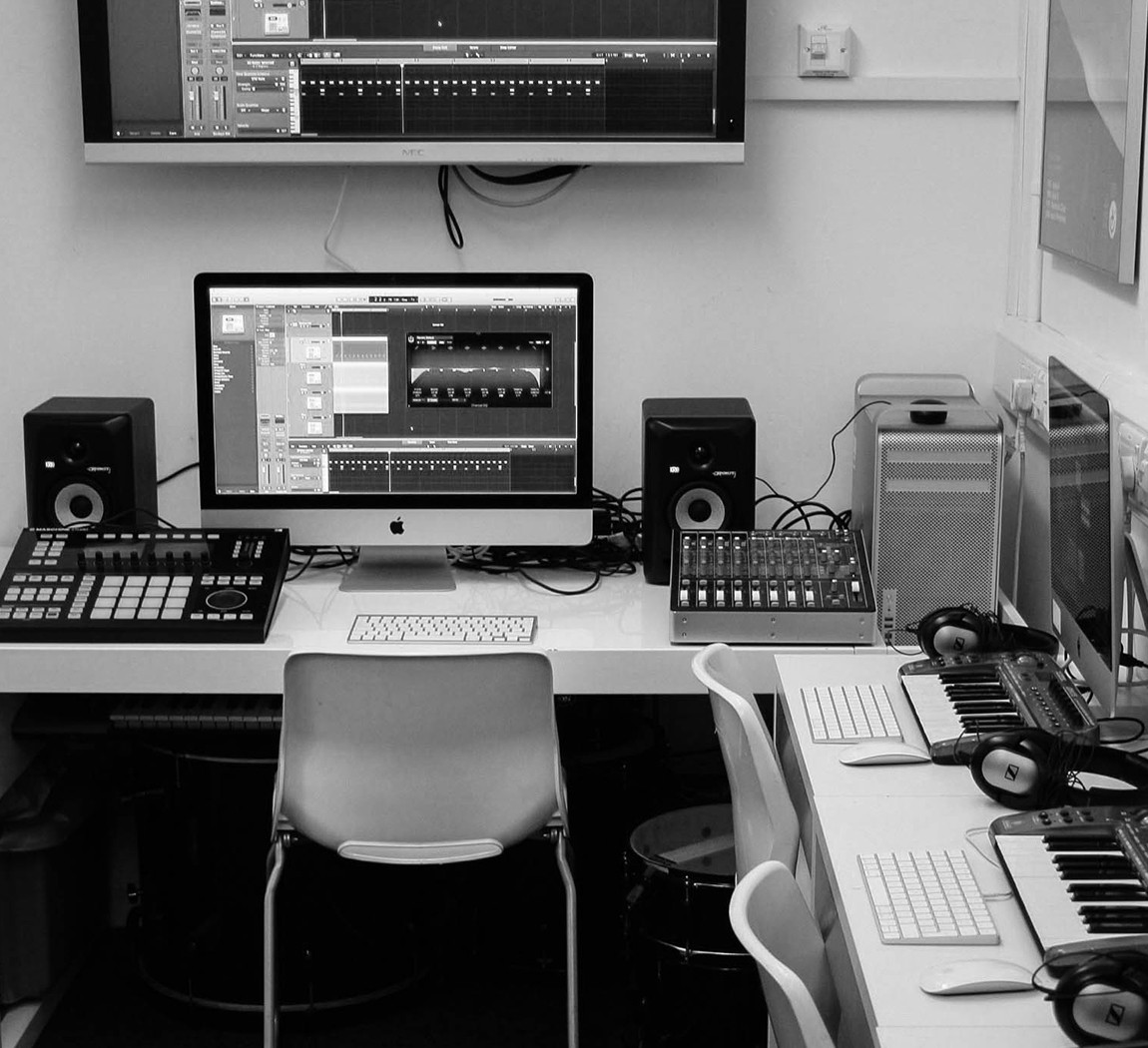 studioimage005.jpg