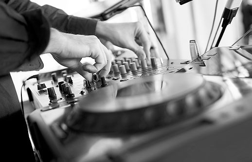 DJ Djing
