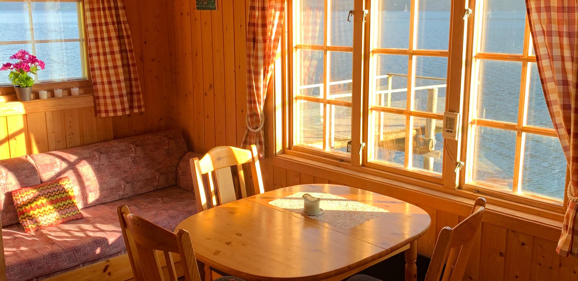 Spiseområdet hytte 1