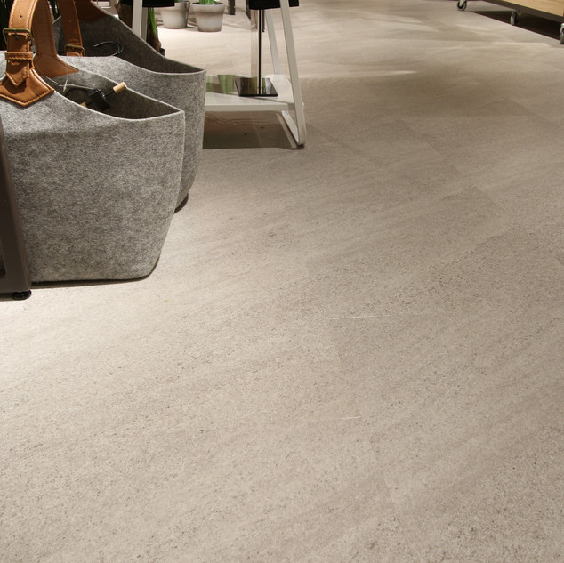 NG23C-011 Malmstone Light Grey