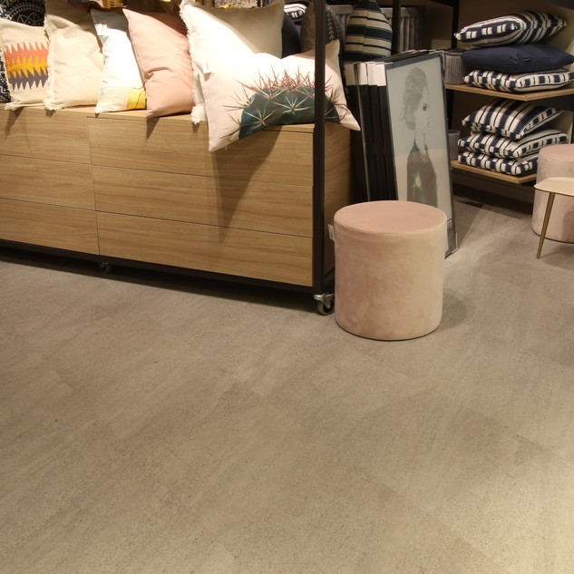NG23C-011 Light Grey Malmstone