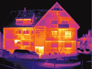 Termografi av fasade lekker luft