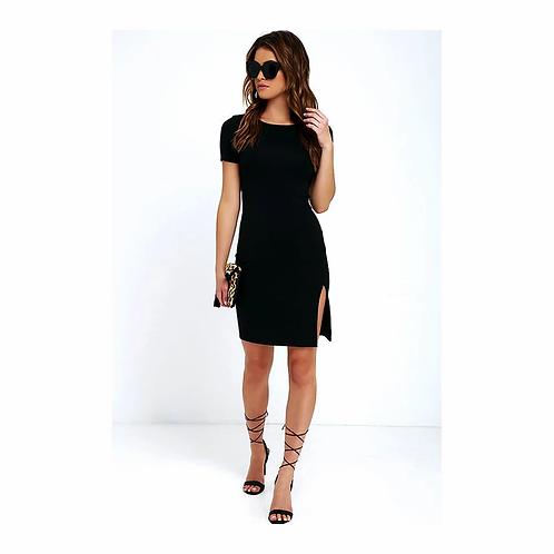 Vestido Feminino Preto com Fenda