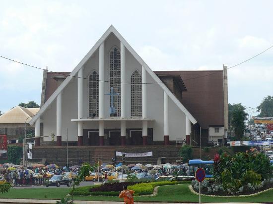 Cathédrale de Yaoundé / Yaoundé's Cathedral
