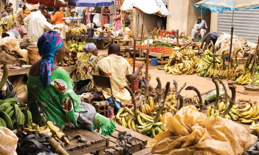 Marché de Mokolo/ Mokolo's market. Yaoundé