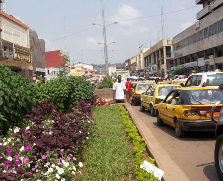 Avenue Kennedy Yaoundé / Kennedy's Avenue Yaoundé