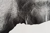 Dessin contemporain papier froissé crayon