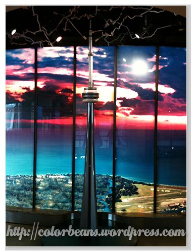 室內的米你版 CN Tower