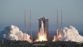 中国长征火箭没失控, 设计之初就未考虑火箭落点。(中国央视)
