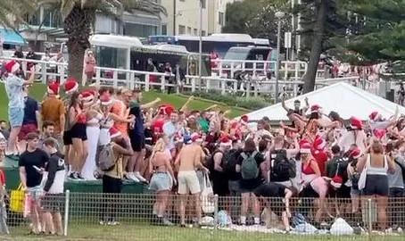 数百英国游客在悉尼海滩狂欢,当地居民怒了!