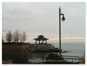 Lake Ontario 湖邊小涼亭